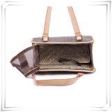 贅沢な革ペットキャリアデザイナー犬の買物袋