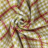 Compruebe la tela de lana de Houndstooth para el abrigo