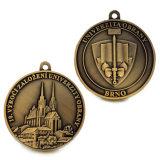 Medaglia d'ottone antica personalizzata di onore di sport dell'università dei supervisori di libertà