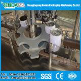 L'eau carbonatée de gaz de machine de mise en conserve de boissons