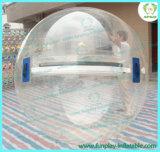La transparence de l'eau gonflable passage à billes