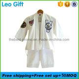 Zone del ricamo tessute protezione adesiva di calore sull'indumento del Taekwondo