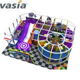 L'intérieur de taille différente Bébé doux Soft Play à l'intérieur du tube du Zoo de terrain de jeu
