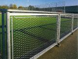 屈曲の網の緑の壁の網