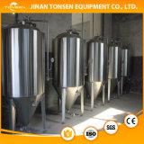 Depósito de fermentación de la cervecería de la caldera de la elaboración de la cerveza