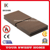 Facilité de nettoyage Revêtements de sol bois plastique WPC Deck Pas de peinture, pas de colle