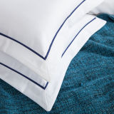 新しい到着の品質の綿のジャカードホテルのアパートの寝具の一定の女王