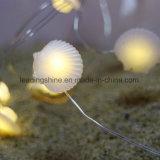 La batterie chaude de forme d'interpréteur de commandes interactif de mer blanche de câblage cuivre léger étoilé de 30 DEL actionnent la lumière féerique de graine