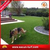 Relvado sintético do gramado do jardim artificial da paisagem
