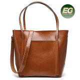 최신 판매 최신유행 간단한 형식 끈달린 가방 여자 진짜 가죽 핸드백 도매가 광저우 공장 Emg4909
