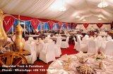 Una grande tenda foranea delle 4000 genti per la cerimonia nuziale di evento del partito