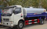 판매를 위한 트럭을 뿌리는 Dongfeng 4X2 90kw 물 유조 트럭 7000L