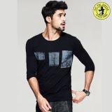 Vente chaude de long T-shirt en gros de chemise du coton Desige T-Shir pour les hommes