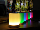 Altavoz tangible elegante de Bluetooth con las luces del LED