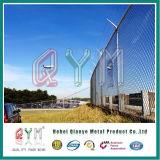 Recubierto de PVC de alta seguridad del aeropuerto de alambre de navaja valla con puesto de Y.