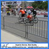 La barrera/el camino movibles del tráfico se atrinchera la barrera del control de /Crowded