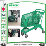 Carrello di acquisto di plastica pieno per il supermercato