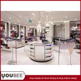 Шикарные стойки индикации для идеи дизайна интерьера магазина женское бельё повелительниц