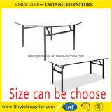 Restaurant Tables rondes et chaises d'occasion à vendre