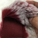 La superficie bianca della pelliccia del coniglio del Faux si è sbiadetta pelliccia falsa 500g del coniglio di effetto
