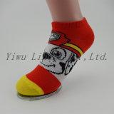 De hete Verkopende Sokken Van uitstekende kwaliteit van de Enkel van de Katoenen Breiende Baby van het Jonge geitje