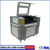 Leer die de Holle uit Scherpe Machine van de Laser van Co2 met 700*500mm Werkplaats graveren