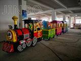 Interior / Exterior Jinbo juego de niños Atracciones Trackless tren eléctrico para la venta