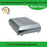 小さい電子シェルのための電流を通されたシート・メタルの製造