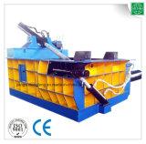Presse à emballer de rebut hydraulique de bidons en aluminium de qualité avec du CE