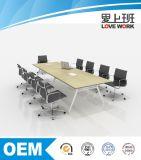 Mesa de reuniões modernas Conferência de projeto de turismo