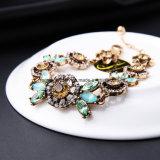 고급 형식 보석 Retro 꽃 작풍에 의하여 다이아몬드 장식용 목을 박는 수정같은 팔찌