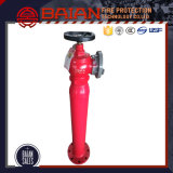 1つのアウトレットが付いている屋外の消火栓