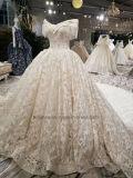 肩のウェディングドレスを離れたLace Aoliweiyaの花嫁の王女