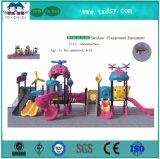 Kind-kommerzieller im Freiensystems-Spielplatz