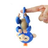 Le jouet flexible de la vente 2017 d'Amazone de bébé de doigt neuf chaud de singes figure seul et drôle
