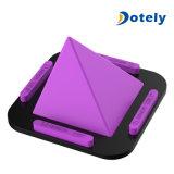 Supporto antisdrucciolevole del supporto dello scrittorio dell'automobile del supporto portatile del silicone del basamento del telefono delle cellule della piramide