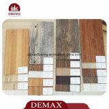 Plancia di plastica della pavimentazione di colore di legno caldo di vendita