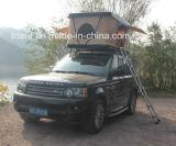 新しいキャンプの屋外のキャンピングカーの堅いシェル車の屋根の上のテント4WDの屋上