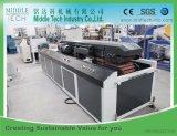 Hölzerner Plastik (WPC) setzt das Tür-/Decking-Profil zusammen, das Maschine herstellt