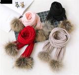 저가에 있는 모피 Ponpom를 가진 공장 판매 대리점 뜨개질을 한 모자