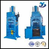 Prensa hidráulica del papel usado/máquina de embalaje plástica para la compresa del cartón