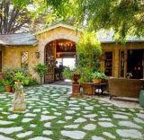 Храните зеленый сад на искусственном газоне