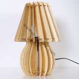 Ensamblado de moda de madera lámpara de escritorio florero decorativo