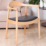Mobília de madeira do projeto nórdico Cadeira de jantar da madeira contínua