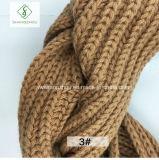 Горячим грелка шеи шарфа безграничности закрутки отрезка провода сбывания связанная способом