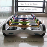 Panneau électrique d'équilibre de nécessaire de planche à roulettes à vendre le robot de équilibrage d'individu