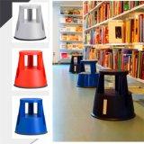 De plastic Kruk van de Stap met Krukken de Van uitstekende kwaliteit van de Ladder van de Stap Stepstool