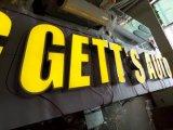 L'acrilico esterno di Facelit segna il segno con lettere del LED