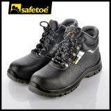 La seguridad agrícola patea los zapatos de seguridad del emplazamiento de la obra M-8027b