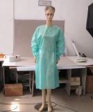 Vestido quirúrgico revestido del PE disponible con los pun¢os hechos punto